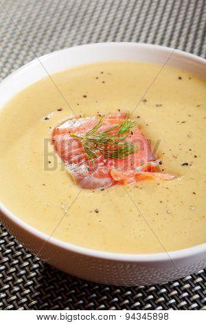 Avocado Cream Soup With Smoked Salmon