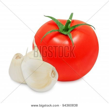 Clove of garlic and tomato