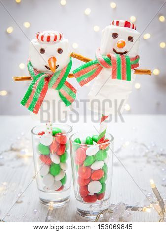 White chocolate dipped marshmallow snowman for Christmas