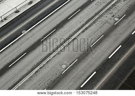 Lanes of an urban main road