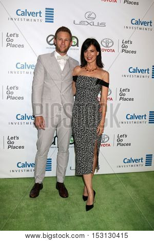 LOS ANGELES - OCT 22:  Guest, Perrey Reeves at the 26th Annual Environmental Media Awards at Warner Brothers Studio on October 22, 2016 in Burbank, CA