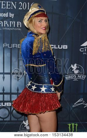 LOS ANGELES - OCT 22:  Holly Ridings at the 2016 Maxim Halloween Party at Shrine Auditorium on October 22, 2016 in Los Angeles, CA