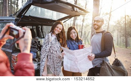 People Friendship Hangout Traveling Destination Trekking Camera Shoot Concept