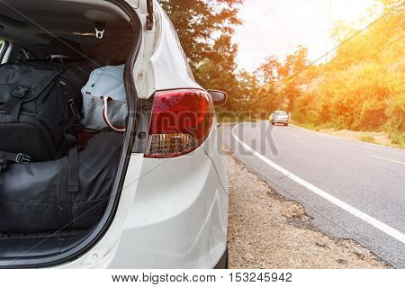 Distressed woman and broken car need help