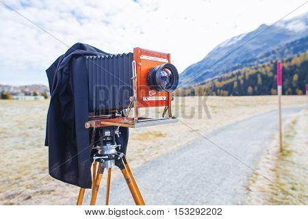 SILVAPLANA SWITZERLAND - OCTOBER 22 2016: Deardorff Medium format vintage film plate camera WITH Symmar lent ready to photograph