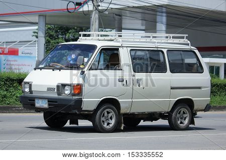 CHIANGMAI THAILAND - OCTOBER 8 2016: Old Toyota Liteace Private van. On road no.1001 8 km from Chiangmai Business Area.