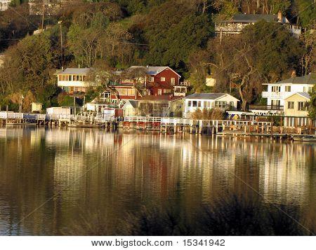 Lakeshore Homes