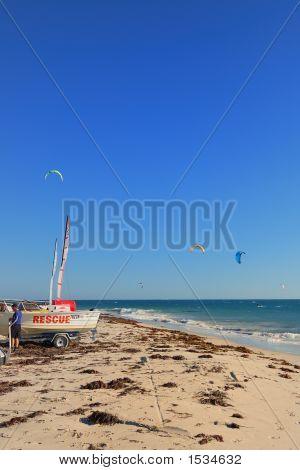 Resue Boat Kite Surfing