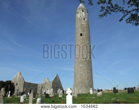 Kilmacduagh Monastic Ruins