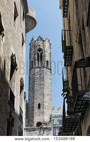 Barcelona (Catalunya Spain): historic buildings in the gothic quarter