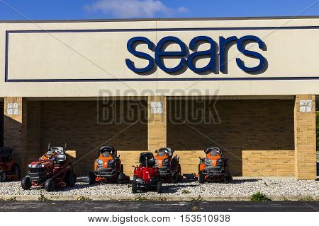 Anderson - Circa October 2016: Sears Retail Mall Location. Sears is a Subsidiary of Sears Holdings VII