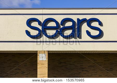 Anderson - Circa October 2016: Sears Retail Mall Location. Sears Is A Subsidiary Of Sears Holdings V
