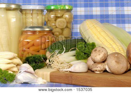 Canned Vegetables Versus Fresh Vegetables