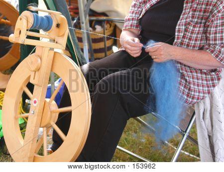 Spinning Wheel 5008
