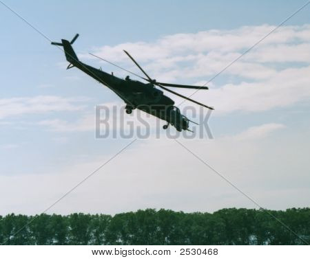 Mi-24 Hind Attack