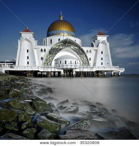 Selat Mosque