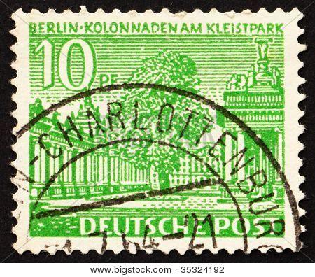 Estampilla Alemania 1949 claustros, Parque de Kleist, Berlín