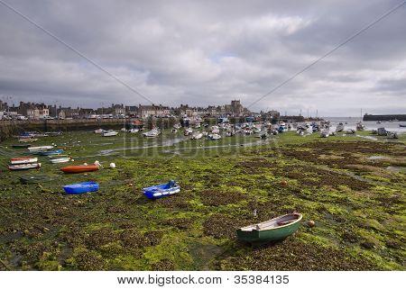 Porto da Bretanha, em tempo de maré baixa