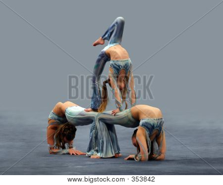 Three Girls Contortionist