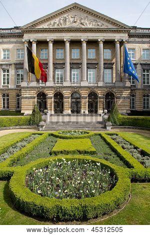 Federal Parliament Brussels - Vertical