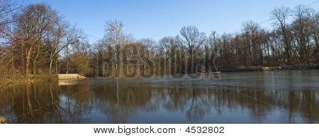 Milton Llake Reflections