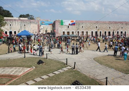 18 Havana International Book Fair - Iii