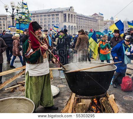 Everyday Life On The Maidan In Kiev