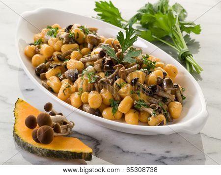 pumpkin gnocchi with mushroom sauce