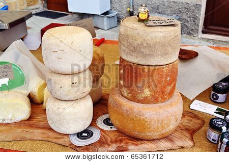 Homemade Cheese Pecorino
