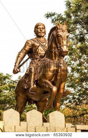 Front view of a monument of King Chatrapati Shivaji Bhonsle at Sankey tank, Bangalore