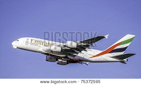 A6-EED Emirates Airbus A380-861 - cn 111