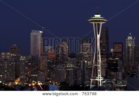 Seattle oscureciendo