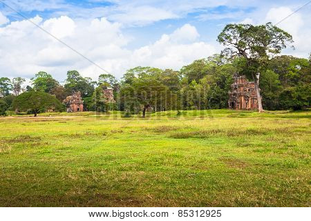 Angkor Thom Gardens In Front The Elephants Terrace Within The Angkor Temples, Cambodia