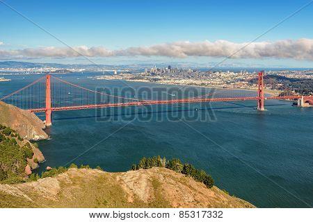 View of the San Francisco ang Golden Gate Bridge