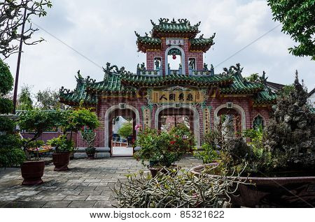 Chinese Buddhist temple in Hoi An, Vietnam