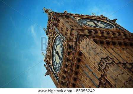 Big Ben closeup in London with blue sky.