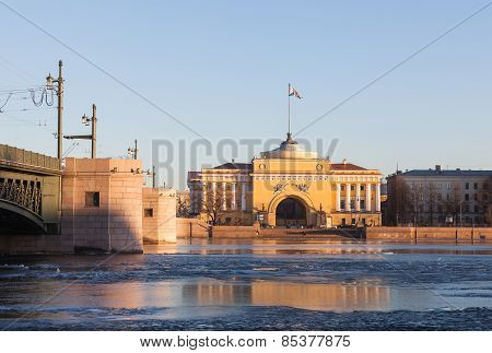Admiralty Building And  Palace  Bridge In St. Petersburg, Evening Sun\
