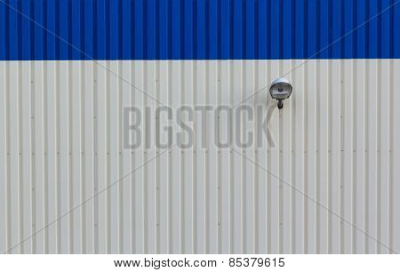 Steel Wall With Lamp