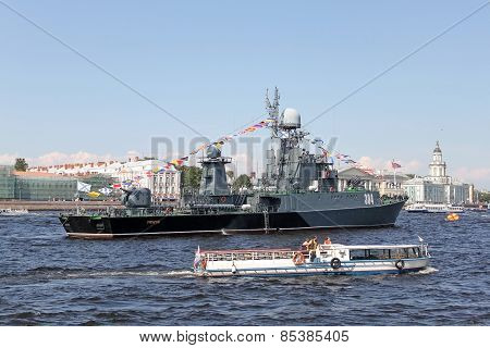 St. Petersburg On The Day Of The Navy Of Russia
