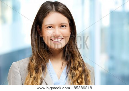 Smiling young businesswoman portrait