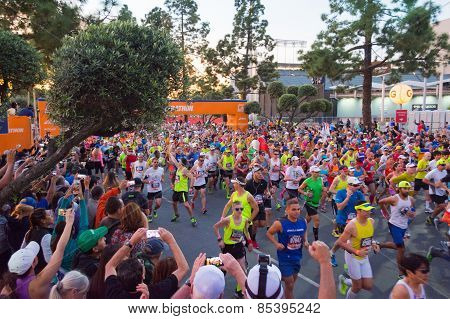 Unidentified Runners At The Start Of The 30Th La Marathon Edition