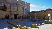 pic of cistern  - Alcazar Keep patio of Cisterns - JPG