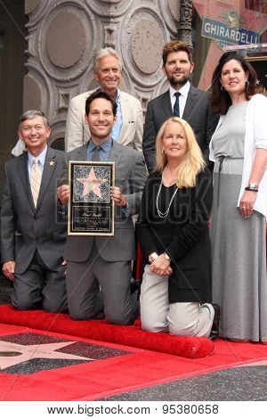 vLOS ANGELES - JUL 1:  Michael Douglas, Adam Scott, Paul Rudd, Chamber Officials at the Paul Rudd Hollywood Walk of Fame Ceremony at the El Capitan Theater Sidewalk on July 1, 2015 in Los Angeles, CA