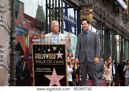 LOS ANGELES - JUL 1:  Michael Douglas, Paul Rudd at the Paul Rudd Hollywood Walk of Fame Star Ceremony at the El Capitan Theater Sidewalk on July 1, 2015 in Los Angeles, CA