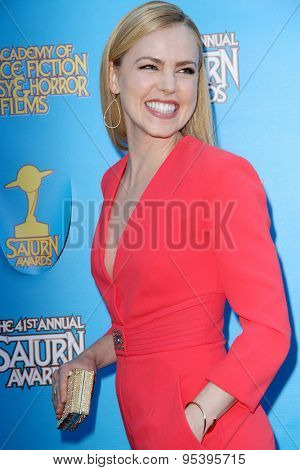 BURBANK - JUNE 25: Amanda Schull arrives at the 41st Annual Saturn Awards on Thursday, June 25, 2015 at the Castaway Restaurant in Burbank, CA.