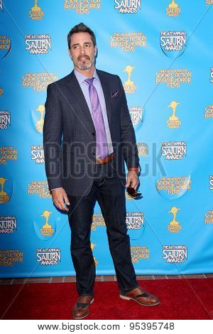 BURBANK - JUNE 25: Victor Webster arrives at the 41st Annual Saturn Awards on Thursday, June 25, 2015 at the Castaway Restaurant in Burbank, CA.