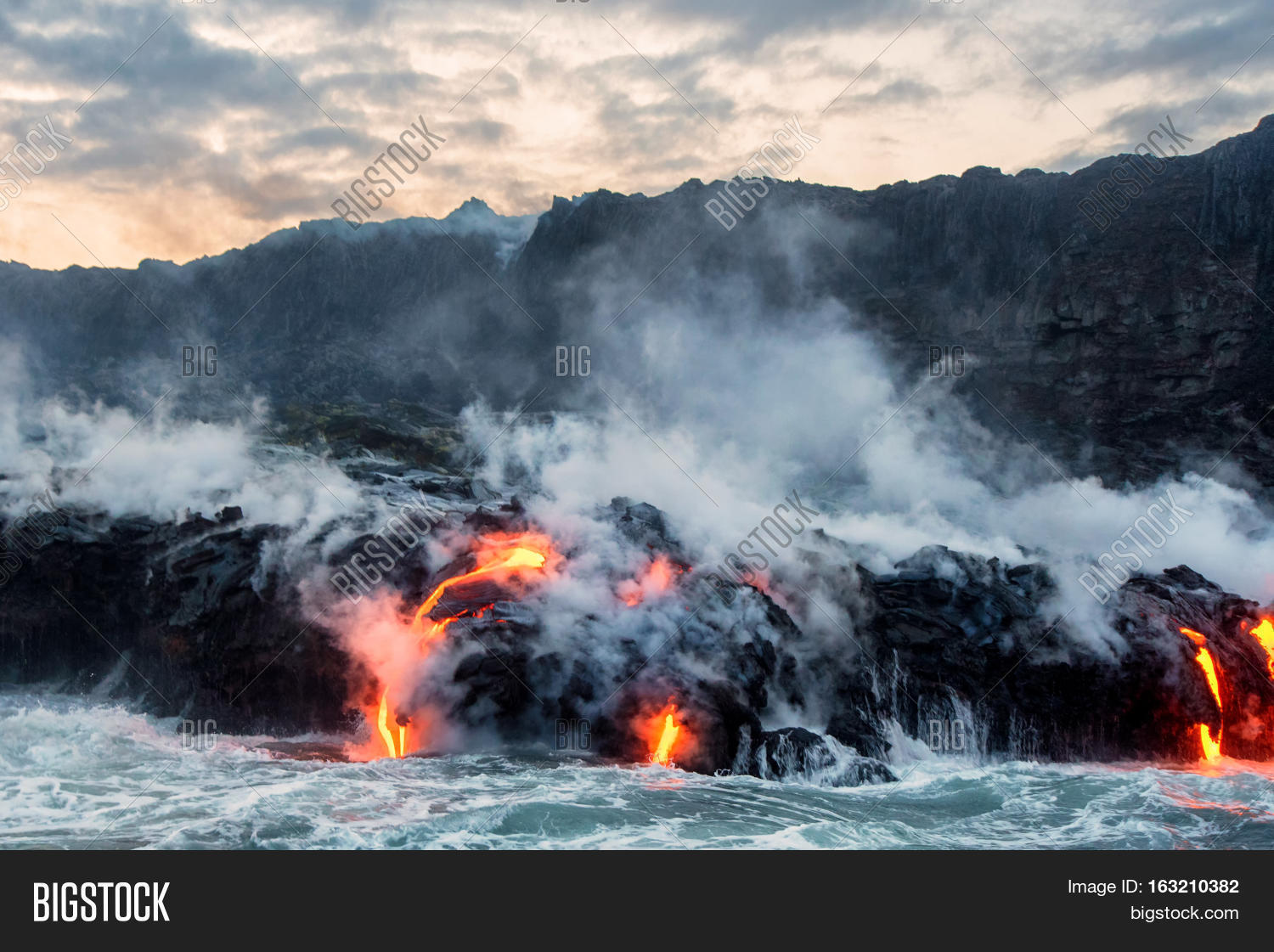 molten lava flowing into pacific ocean from the kilauea lava