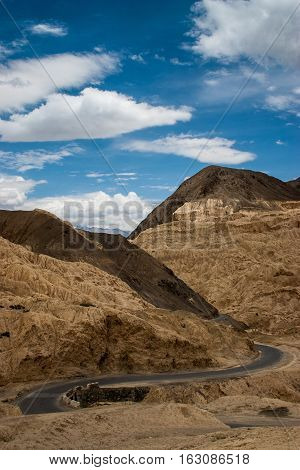 Road in Ladakh like on the moon