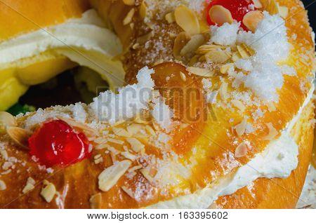 Roscon De Reyes Glazed Fruit Detail