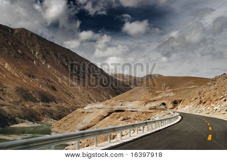 Mountain road in Tibet